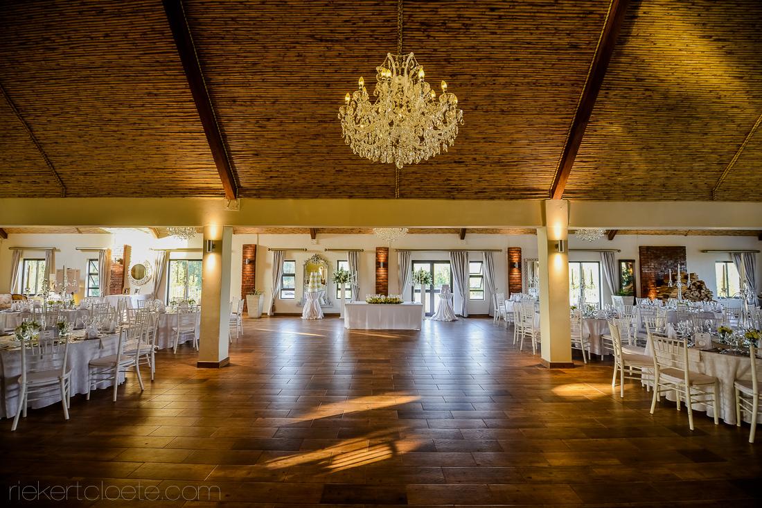 top-table-set-up-loft-venue & top-table-set-up-loft-venue | Hudsons